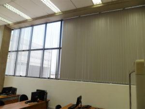 Persianas Verticais para escritório